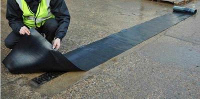 neoprene gully cover in use