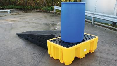 modular ramp in use with spill pallet