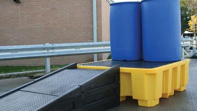 modular ramp in use with 4 drum spill pallet