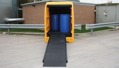 modular ramp in use with spillshak
