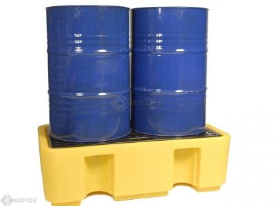 2 drums on spill pallet
